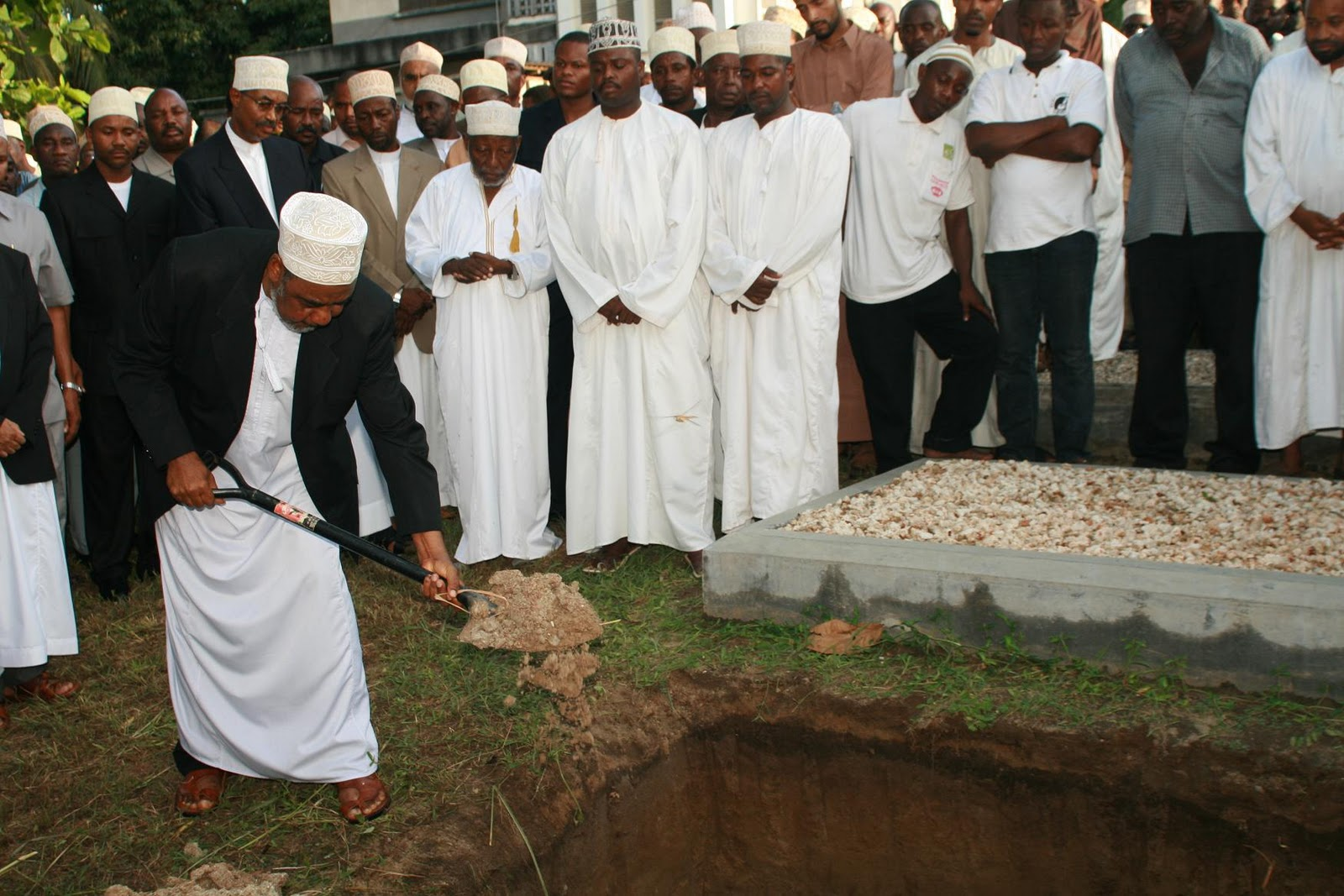 IMG 5086 Tanzania mourns the death of former President