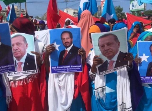 somalia turkey 2 Somalia: People in Somalia supported Erdogan call