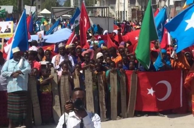 somalia turkey 6 Somalia: People in Somalia supported Erdogan call