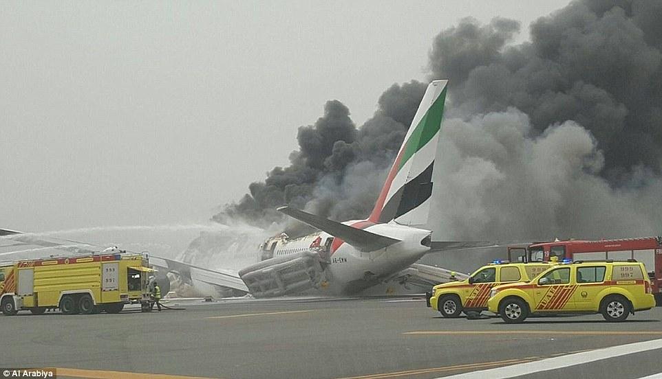 36D509C800000578 3721366 Emergency An Emirates passenger jet has crash landed at Dubai Ai a 62 1470218100968 Emirates jet crash-lands at Dubai airport after catching fire in the air