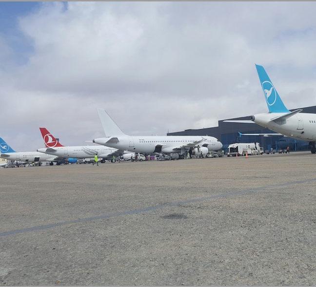 diyaarado Somalia: Mogaduishu Airport is Very Busy