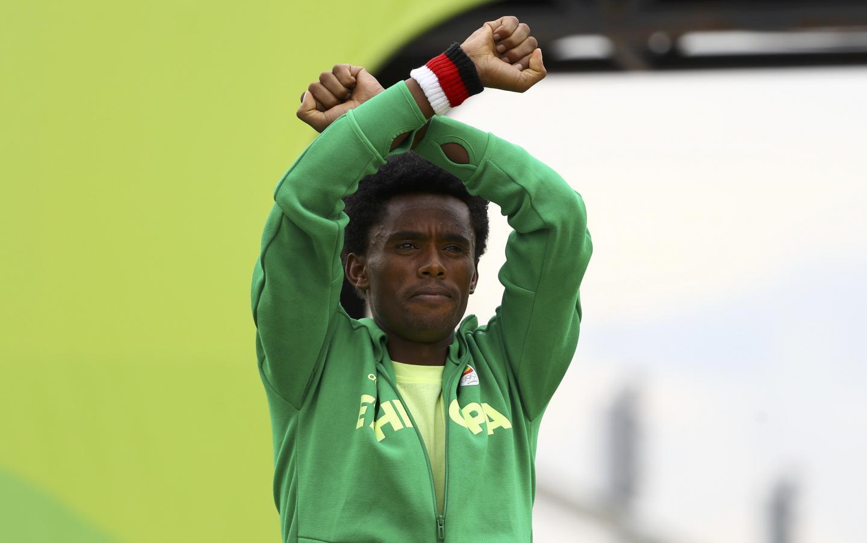Olympic marathon medallist Feyisa Lilesa won't return to Ethiopia