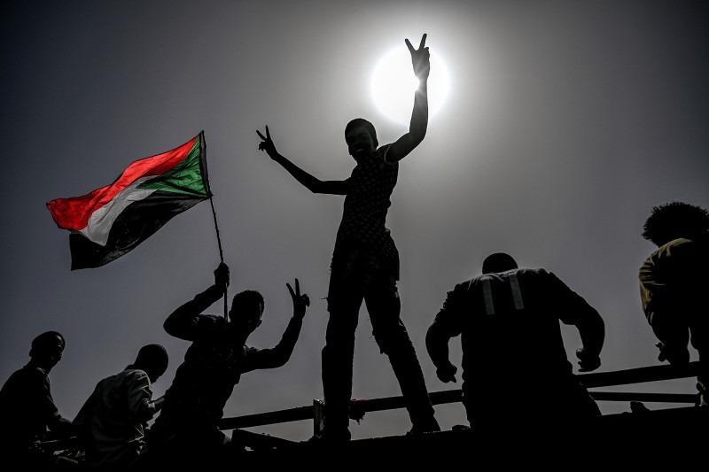 Sudan: Complex revolution