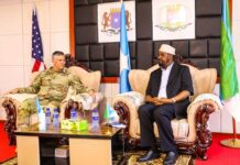 AFRICOM commander meets with Madobe in Kismayo